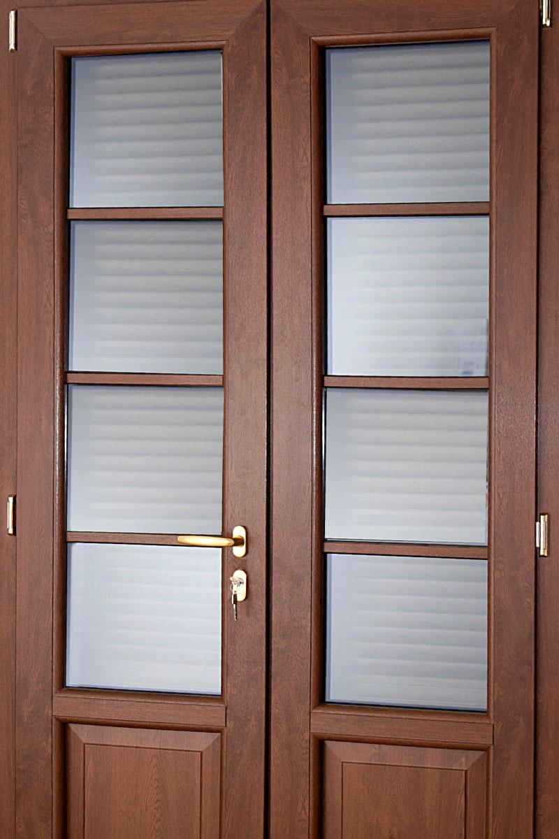 Porte e finestre in pvc la produzione di finestra italia for Porte e finestre pvc